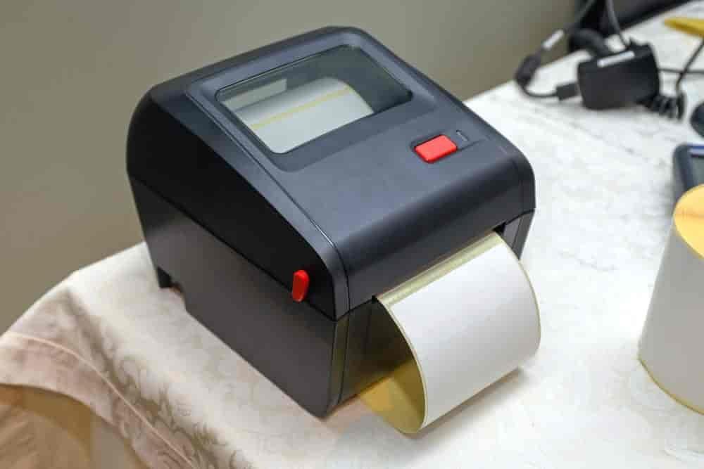 Comment entretenir une imprimante à étiquettes thermiques?